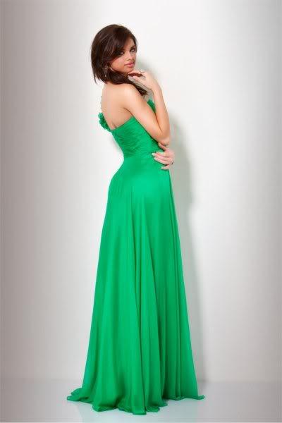 šaty na maturitní ples Yvette zelené - plesové šaty 1e57b9f67c